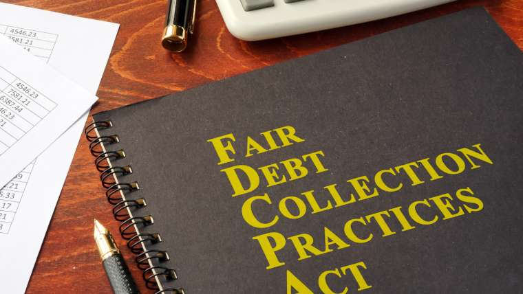 When to Contact a Commercial Collection Attorney in Florida
